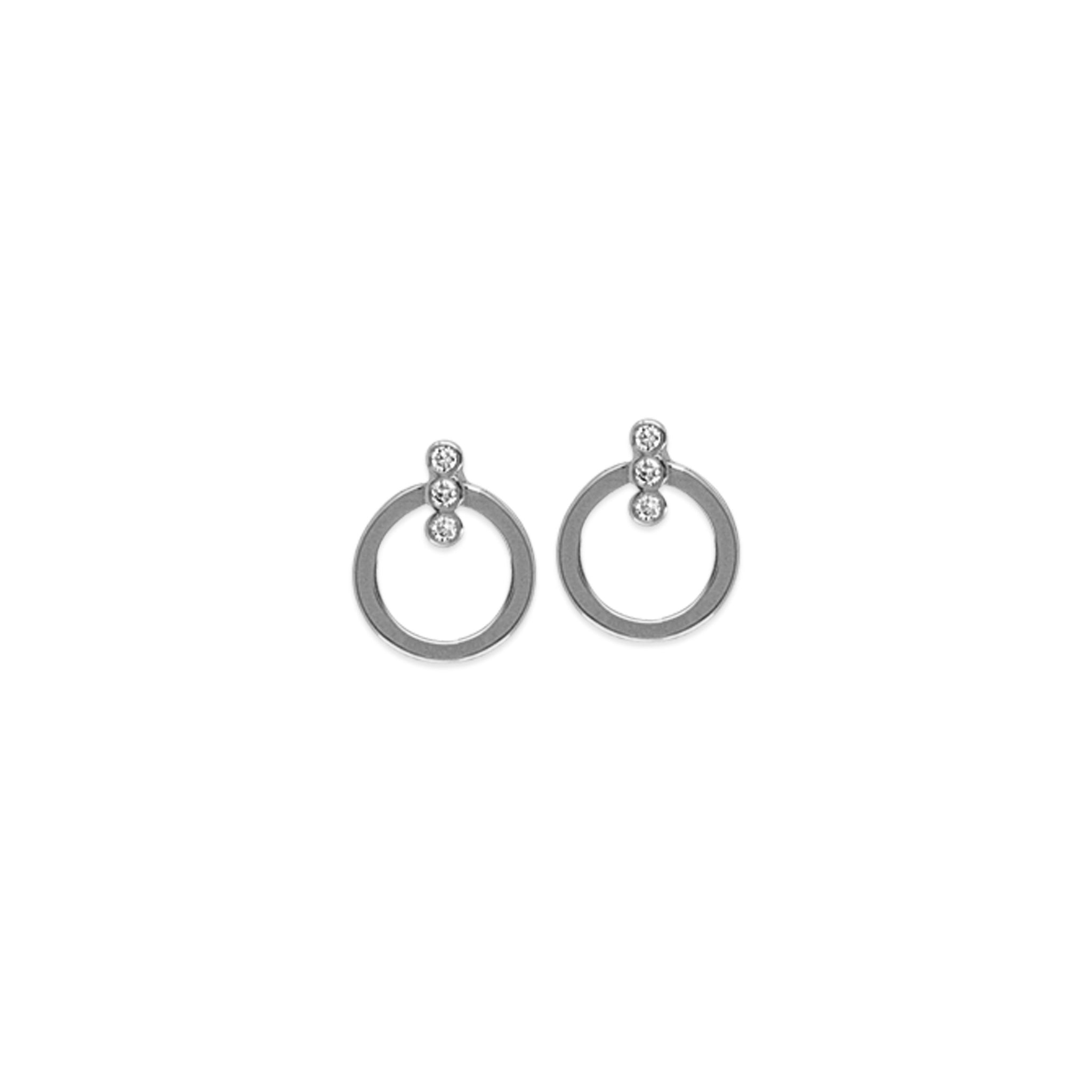 April Circle Stud Earrings w/ Diamonds
