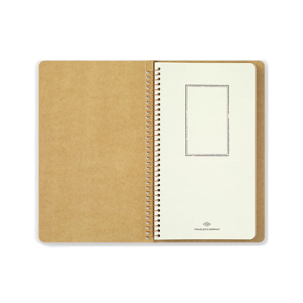 Traveler´s Company A5 Slim Paper Pocket Spiral Ring Notebook - noteworthy