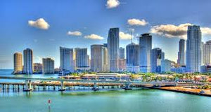 COOL WATERFRONT BARS AND RESTAURANTS WHILE CRUISING IN SOUTH FLORIDA