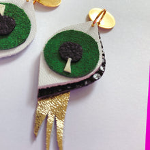 Look into my Eyes - Green Earrings