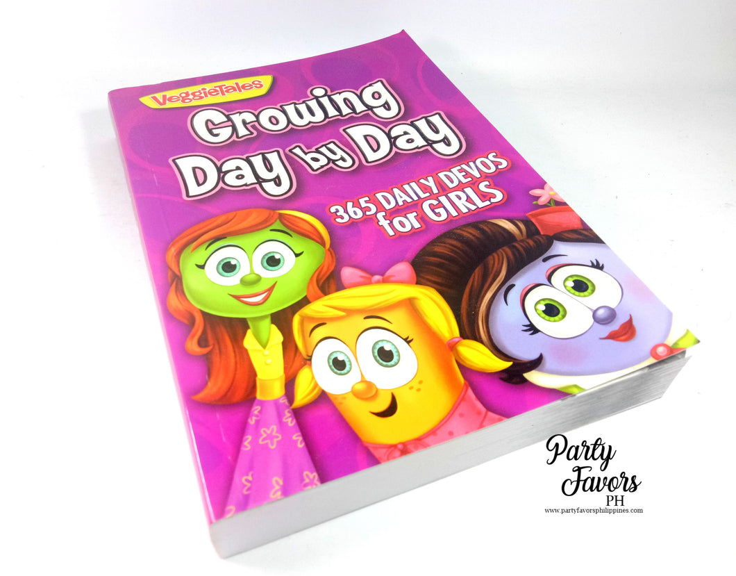 Growing day by day 365 daily devos for girls