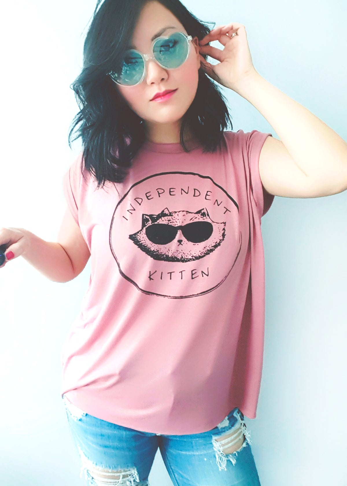 Independent Kitten ~ Flowy Tee