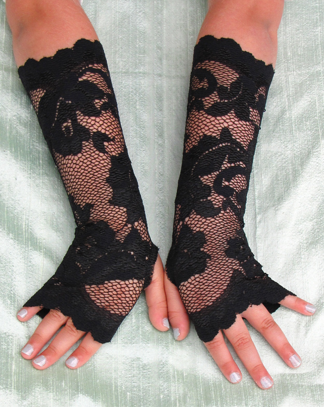 Girls Madonna Long Black Lace Fingerless Gloves