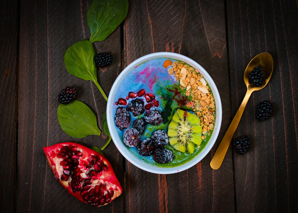 SUPERFOOD SMOOTHIE BOWL REZEPTIDEEN