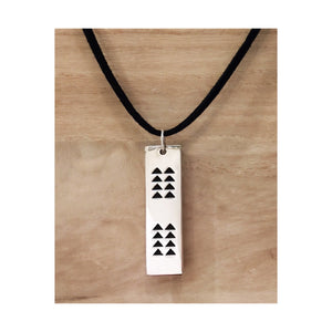 Ka Makaloa Necklace