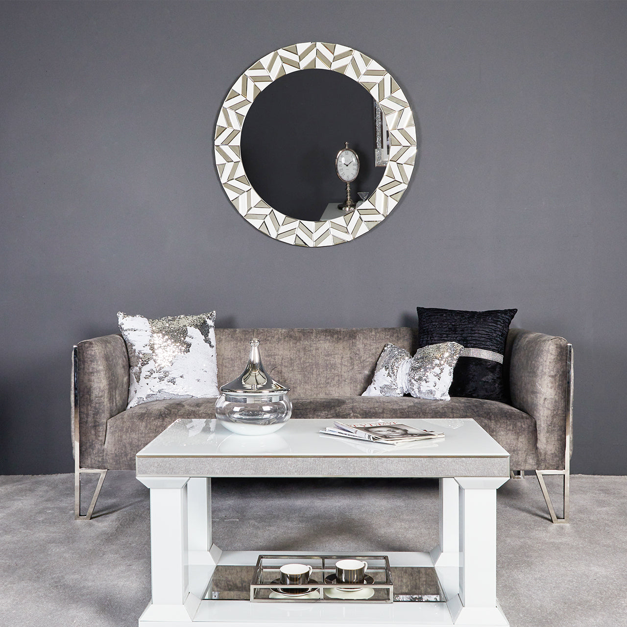 White Chelsea Round Wall Mirror