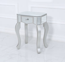 Sara End Table (Available in Silver and Champagne)