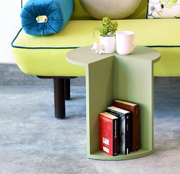 """Piece of Cake"" Mini Table with Bookshelf"