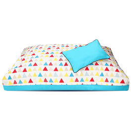 DreamCastle Natural Dog Bed (Colorful Triangle)