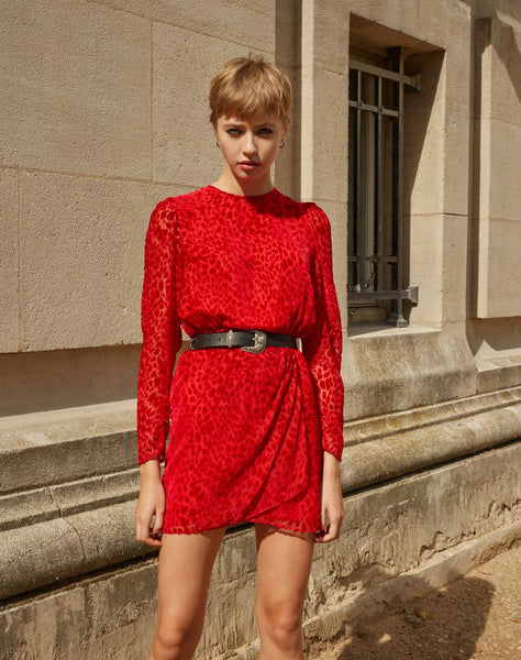 Short red dress with puffed sleeves