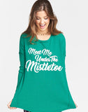 Bosco Ski Top ~ Mistletoe Graphic