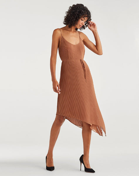 Pleated Chiffon Tie dress in Penny