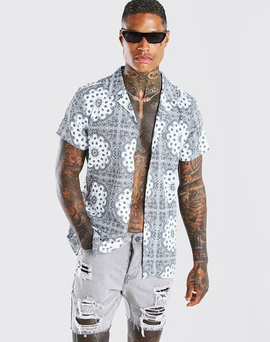 Short Sleeve Revere Collar Bandana Print Shirt