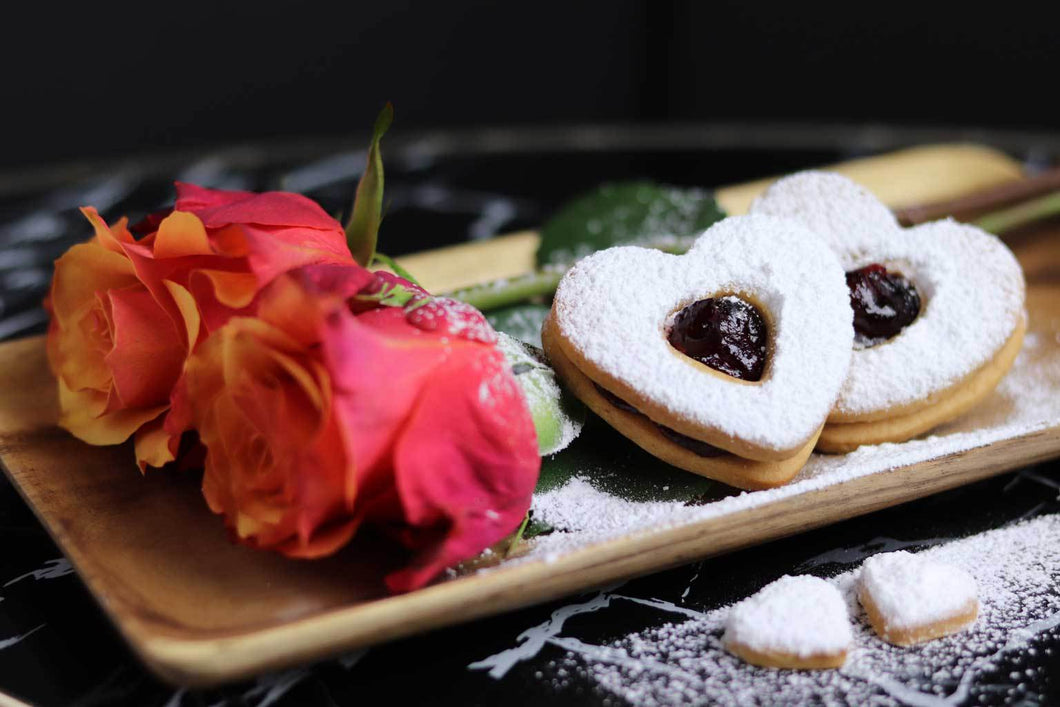 Occhio d'amore, the vegan love heart biscuit