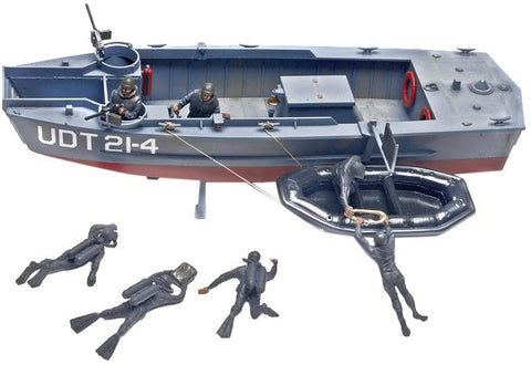 UDT Boat with Frogmen 1/35 Scale Kit