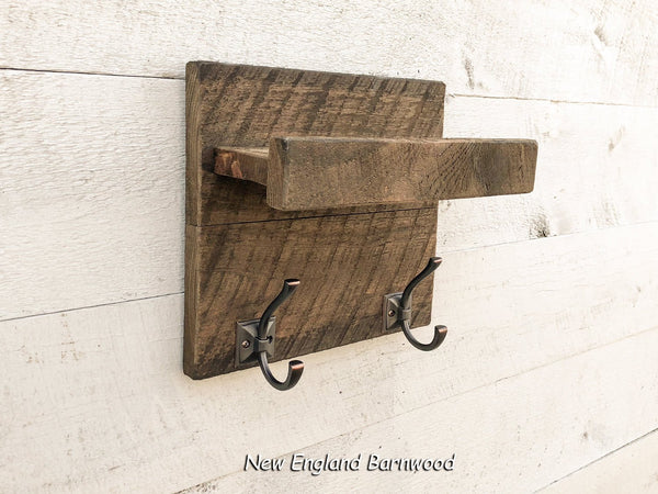 mudroom coat hook shelf
