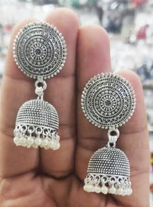 Ethnic Earrings Metal handmade and handcrafted - La Veliere