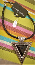 Choker Necklace with Triangle Pendant - La Veliere
