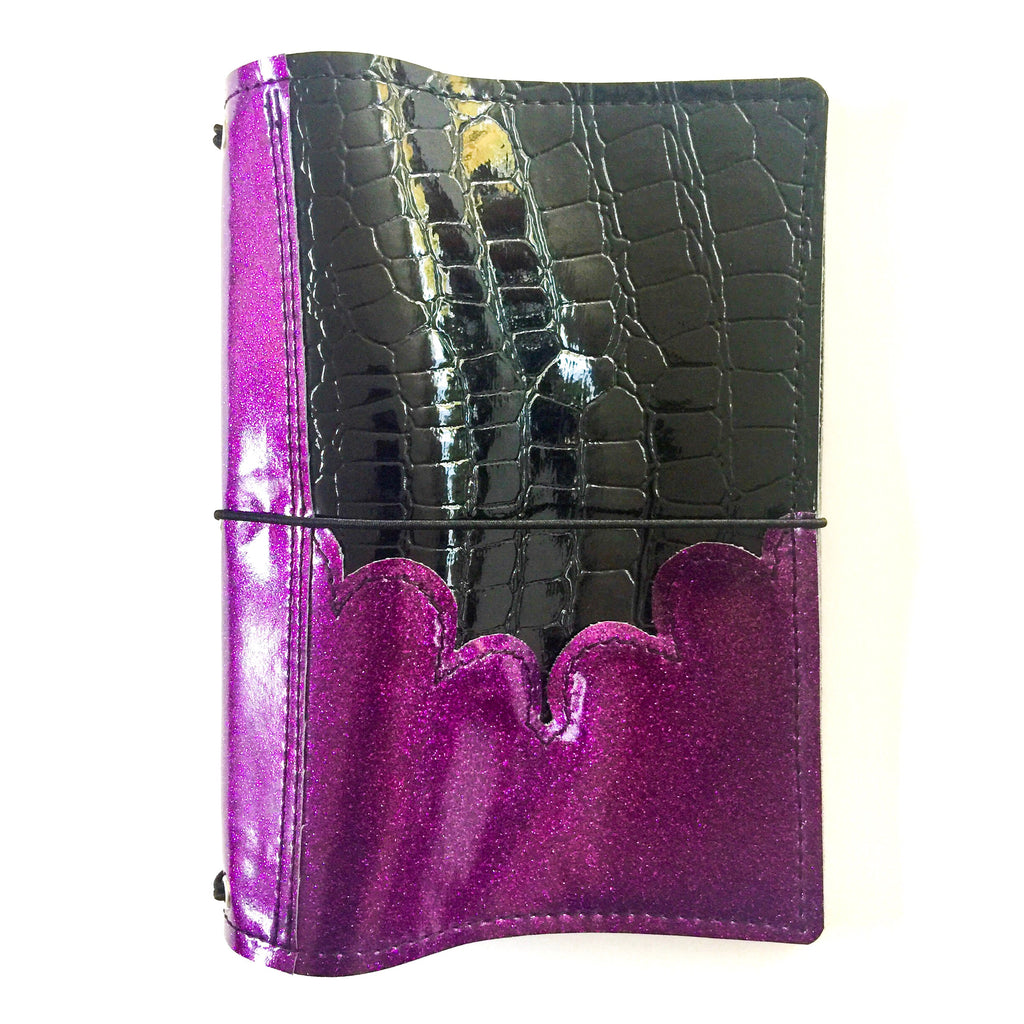 Black & Purple Scallop Pocket