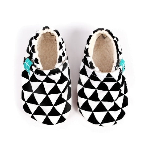 Titot Organic Slippers Black Triangles