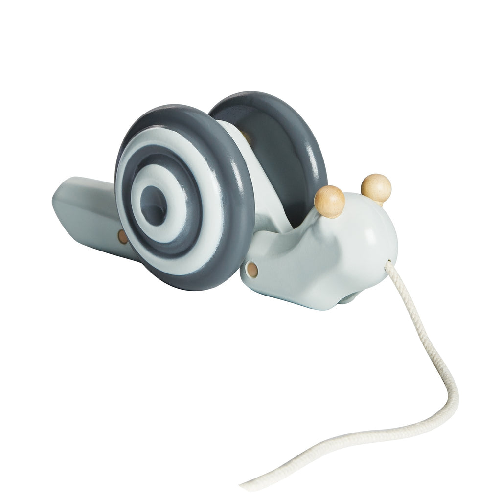 Plan Toys - LARGE PULL ALONG SNAIL grey