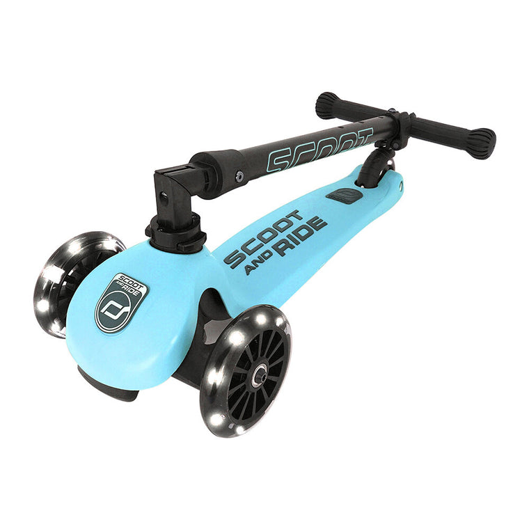 Scoot & Ride Highwaykick 3 LED Scooter - BLUEBERRY