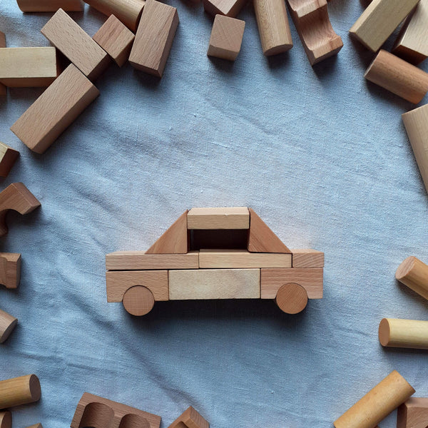 Natural Blocks in Backpack 100 pieces Handcrafted - Unik by Nature