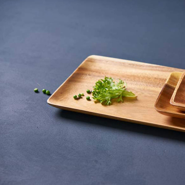 Sustainable Acacia wood XL serving tray - Unik by Nature