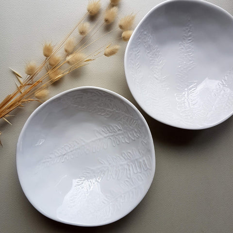 Leaf Bowl Snow White porcelain - Unik by Nature