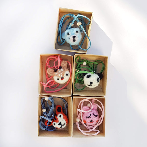Global Affairs Necklaces Woolfelt Animals - Unik by Nature