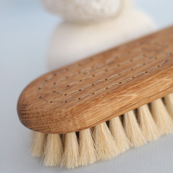 Iris Hantverk Lovisa Bath Brush Handmade - Unik by Nature