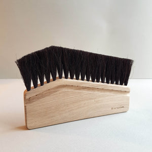 Iris Hantverk Computer Desktop Brush Handmade Oak Wood & Dark Horse Hair