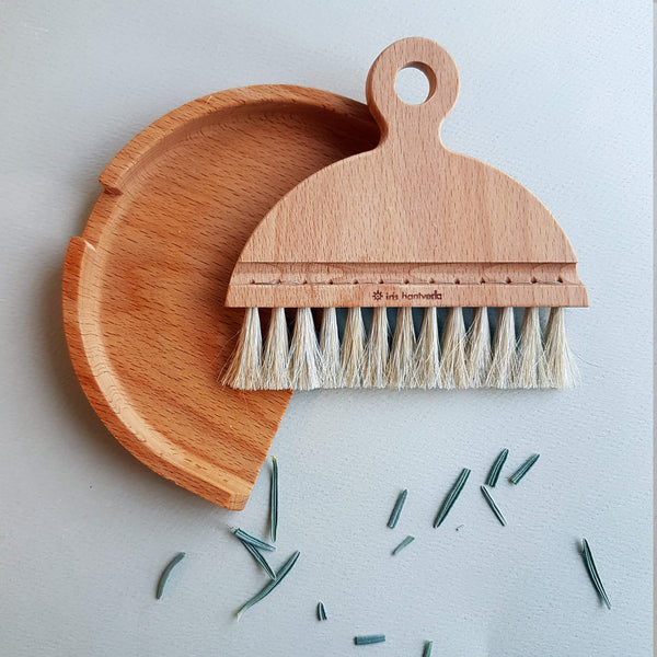Iris Hantverk Table Brush Set Handmade Beech wood & Horsehair - Unik by Nature
