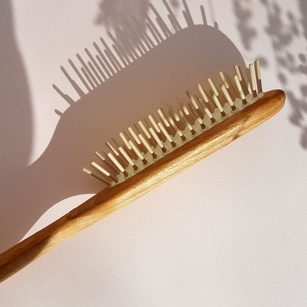 Iris Hantverk Hair Brush Beech Wood and Wooden pins - Unik by Nature