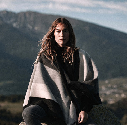 La Méricaine Wool Cape Miwoke Shades of Gray Stripes - Unik by Nature