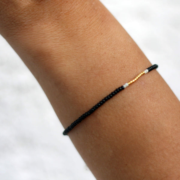 Endito Bracelet Handmade Black, Cream & Gold - Unik by Nature