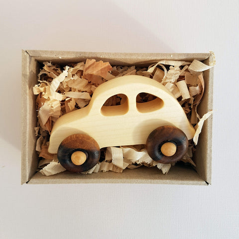 Natural Little '30s Car Handcrafted - Unik by Nature