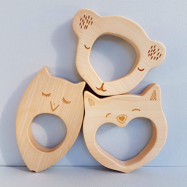 Wooden Story Sleepy Owl Teether Handcrafted in Poland - Unik by Nature
