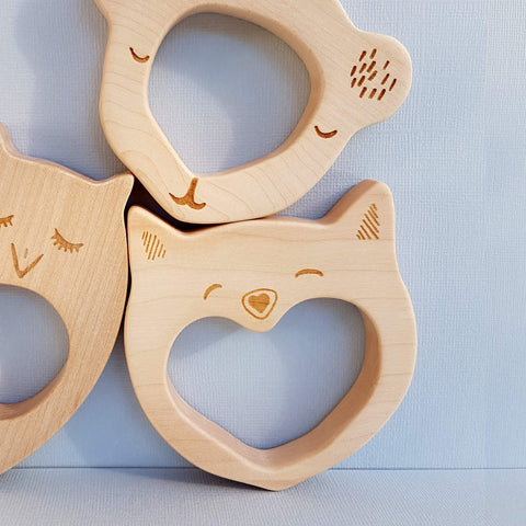 Wooden Story Smily Cat Teether Handcrafted in Poland - Unik by Nature