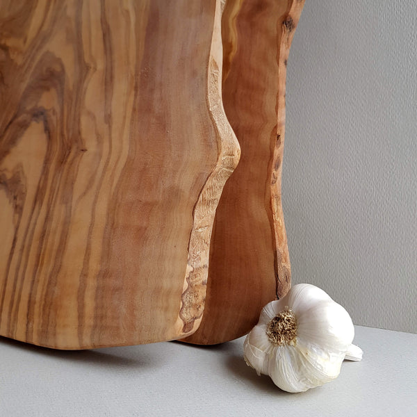 Sustainable Olive wood Handmade Cutting Board or Serving Platter Size M - Unik by Nature