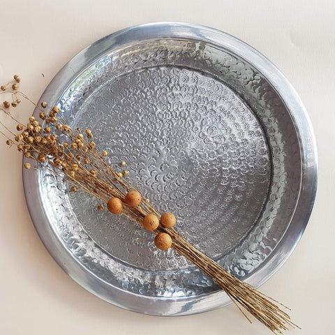 Indian Darjeeling Tray hand beaten metal silver colour 38 cm - Unik by Nature