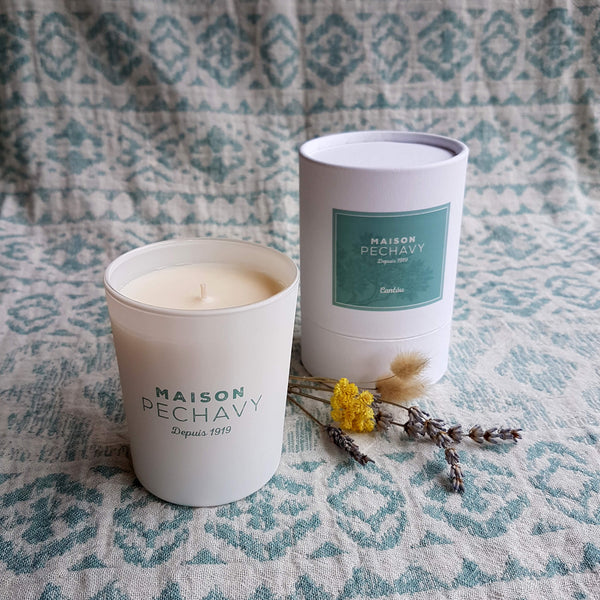 Scented Candle Wood Fire, Lavender and Patchouli - Unik by Nature