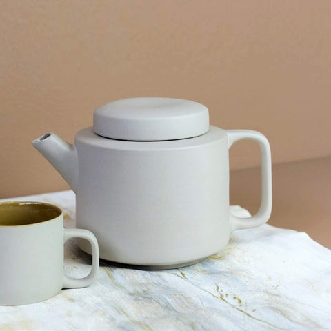 Clay Minimal Teapot - light grey mat texture - Unik by Nature