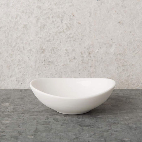 Oval Bowl Snow White porcelain - Unik by Nature