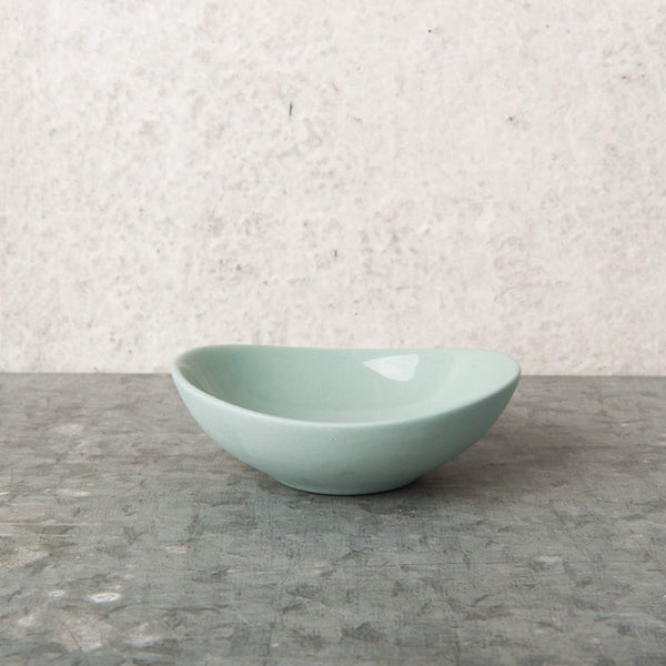 Oval Bowl Jade Green porcelain - Unik by Nature
