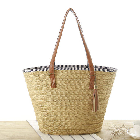 LindsiAlexander.com - Summer Straw Casual Beach Tote in Light Brown
