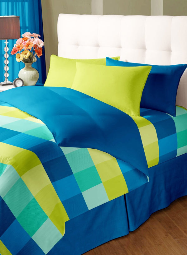 Double Bed Comforter with Silken Filling (COMF210)