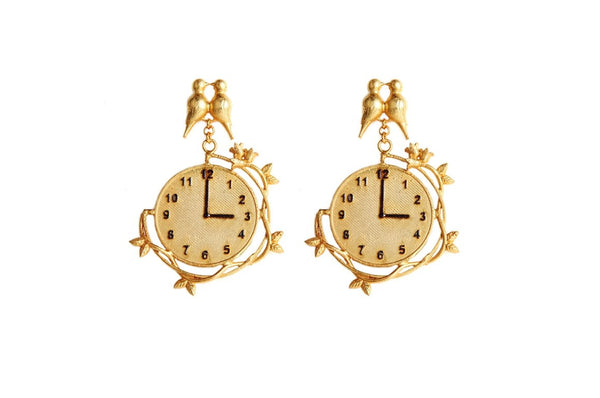 Artsie Ville-Clock Earrings