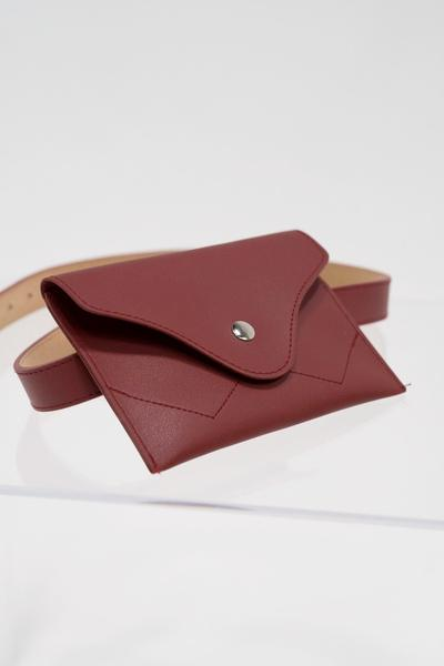 Buckle belt bag in red
