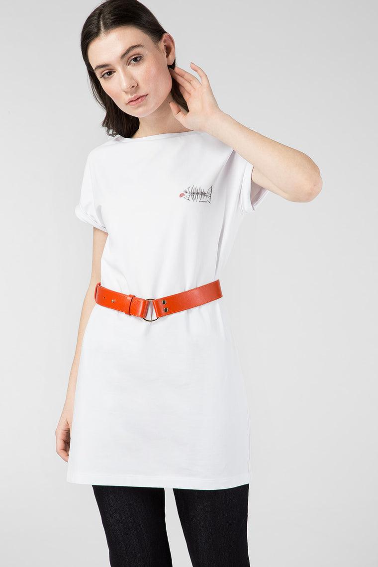 White elongate printed T-shirt